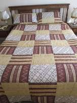 Gold and Brown Bed Spread plus 2 Pillows and Covers for Queen size Bed