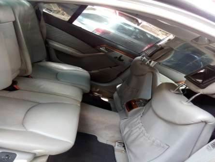 Very clean Mercedes S Class for sale Highridge - image 4