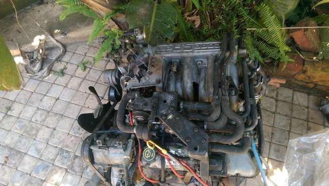 Ford 351W V8 Engine Bedfordview - image 1
