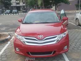 Toyota Venza Red
