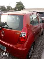 Hyundai i10 2012 model. Neat and well maintained
