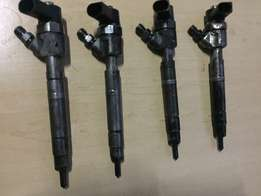 Mercedes Vito 115 injectors and a pump