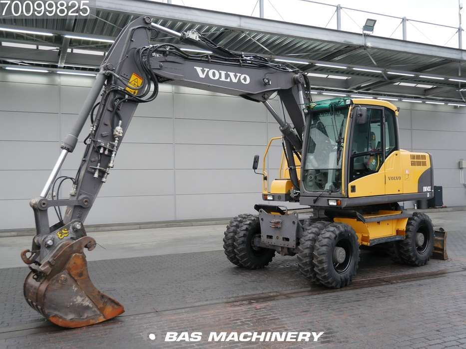 Volvo EW140C New tyres - all functions - 2010