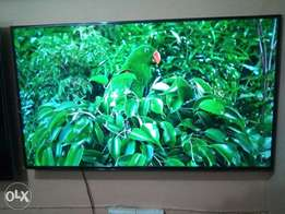 "60"" 2016 led Samsung smart TV. Developed with highest technology"