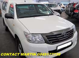 2015 Toyota Hilux with Canopy