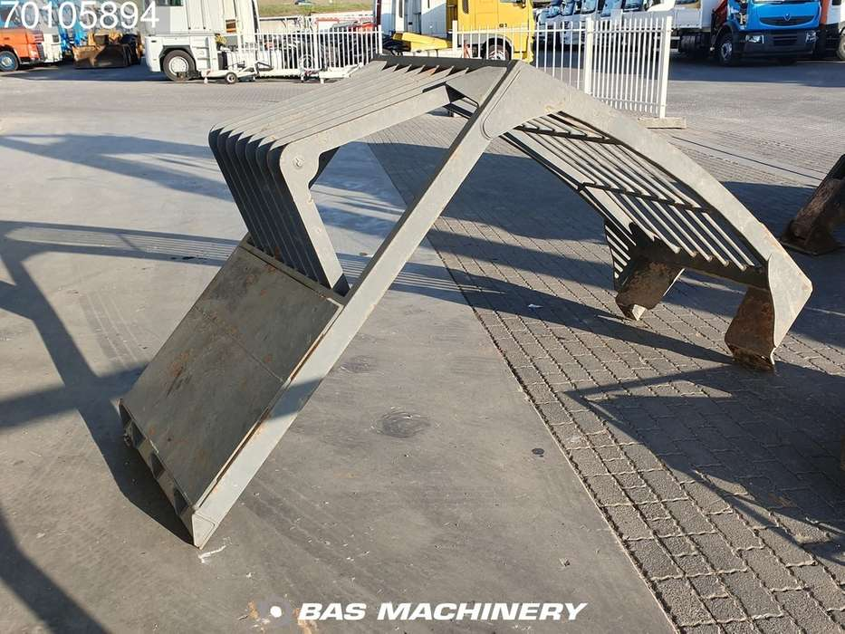 Doosan DX170W Outriggers / Blade - 2013 - image 17