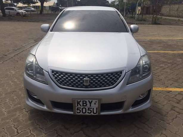 Toyota Crown Athlete In Excellent condition Nairobi West - image 1