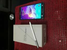 Samsung Galaxy Note 4 with Box and Charger