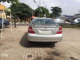 Clean Toyota Camry SE