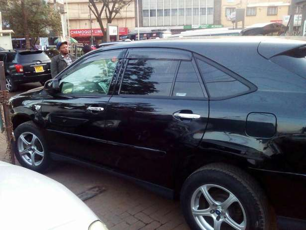 Well maintained Toyota Harrier clean just buy and drive Nairobi CBD - image 6