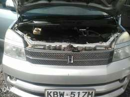 Toyota Voxy 2006 model very clean 4WD optional at 700K