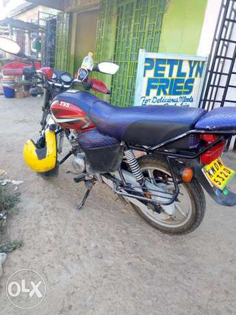 Hlx 125 well maintained bike Bungoma Town - image 2