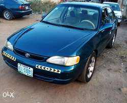 A standard very clean 2001 Toyota Corolla for sales