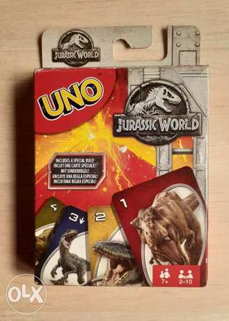 UNO Jurassic World Card game.