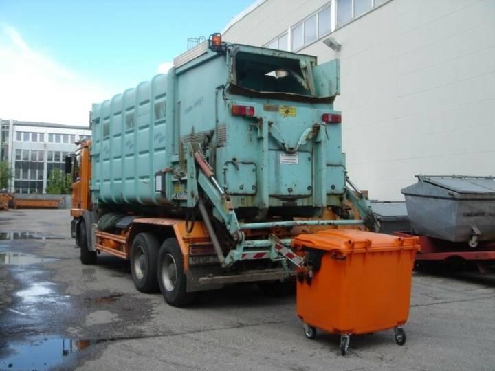 Hussmann mobile Umladepresse für Abrollkipper - 2000