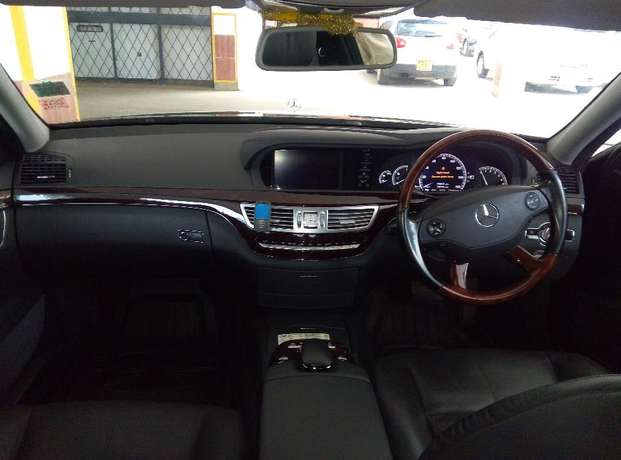 Aisan Owned Mercedez Benz S500 in Immaculate Condition ideal for Expat Westlands - image 6