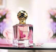 "Iresistable perfume for her ""paradise"". Floral scent"