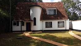 Rosslyn-Beautiful 3Bedroomed cottage for rent.