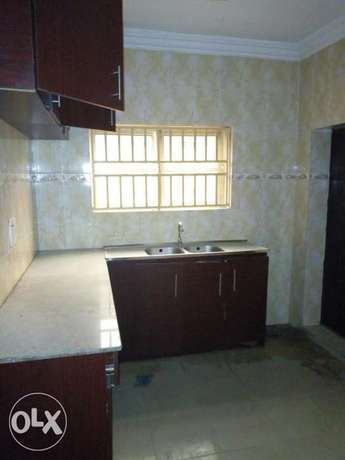 Three bedroom flat all ensuit Ogba - image 6