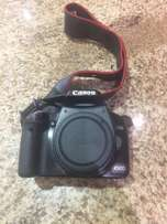 Canon camera - 450D - no lens only body with bag, charger and manual