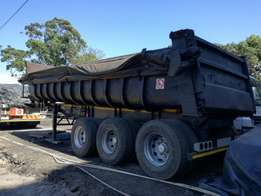 Hendred tri axle end tipper