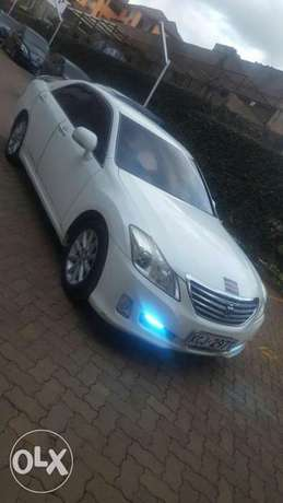 Clean Toyota crown City Centre - image 1