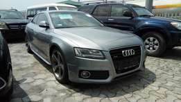 Smooth Driving Foreign Used 2012 Audi A5 2-DR Coupe S-line Edition.