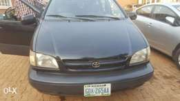 Toyota Sienna CE buy and drive for sale