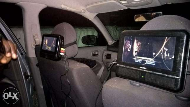 Detachable and universal head rest car DVD player Yaba - image 1