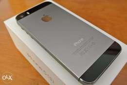 Slightly used iphone 5s 16gb space gray
