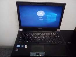 TOSHIBA 4GB Ram 250GB Harddrive Laptop