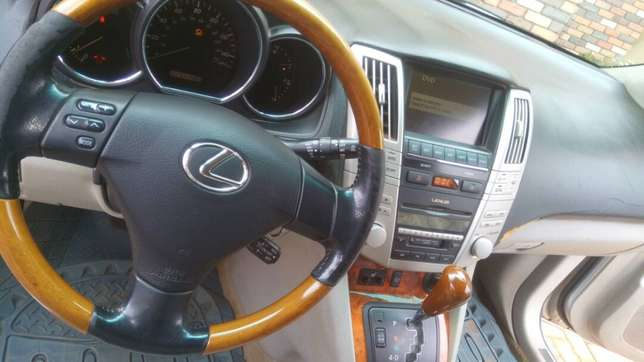 Lexus RX 330 price dropped to sell fast. Oshimili North - image 2