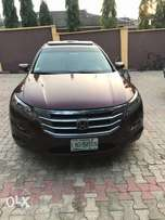 Honda crosstour 2012 model