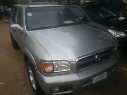 Few months used nissan pathfinder 2002 buy n drive tincan cleared
