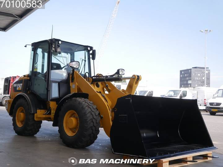 Caterpillar 906 M Bucket and forks - ride controle - warranty - 2019 - image 3