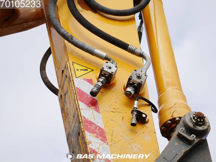 Liebherr R954C V-HDW UHD Demolition - 28 meter UHD - engine rebuil... - 2009 - image 15
