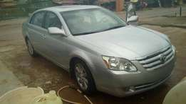 firstbody tokunbo 2006 toyota avalon in good condition