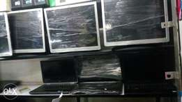 Crazy deal tft with offer 17 inch at 2800