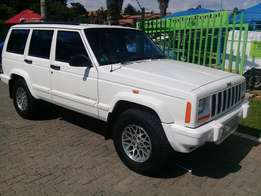 Jeep Cherokee 3.7 Limited A/t for sale
