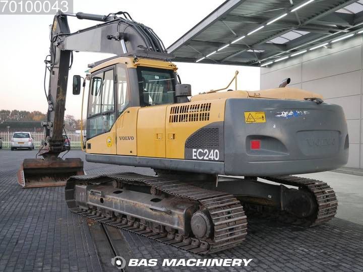 Volvo EC240C NL Nice and clean condition - 2009 - image 2