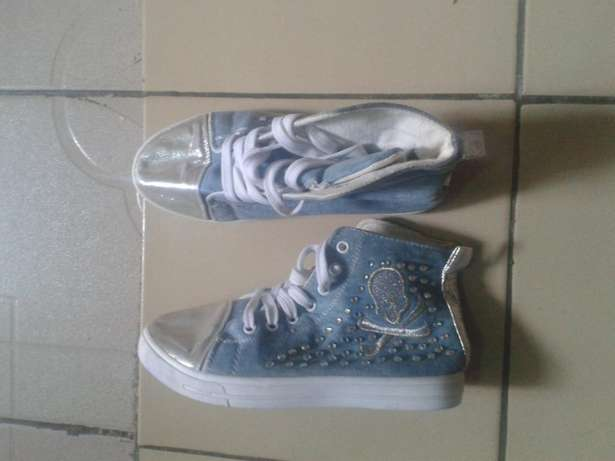 Fairly used Sneakers for female size 38 Dutse - image 3