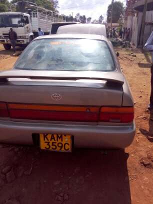 Clean Toyota 100 for sale Thika - image 6