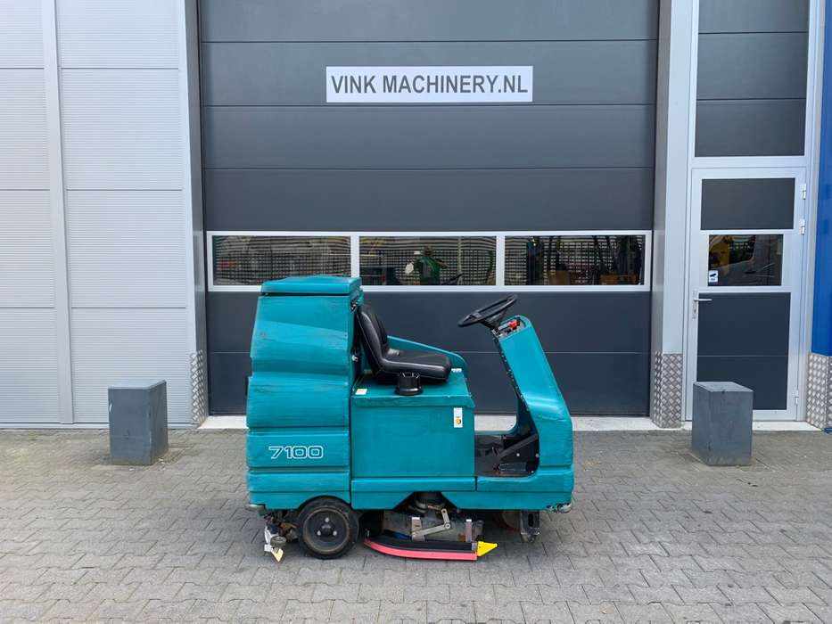 Tennant 7100 schrobmachine