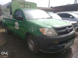 Toyota hilux-KAY very clean#2007