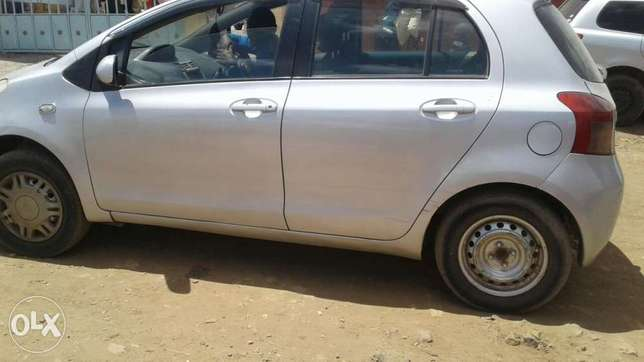 A very clean car for sale, fitted with size 14 tyres, Ruai - image 5