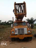 Th55 ingersoll rand hydraulic drilling rig.