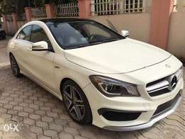 Mercedes Benz CLA45 AMG 4matic
