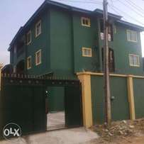 5 unit of 3 bedroom flat at beachland Estate Arepo