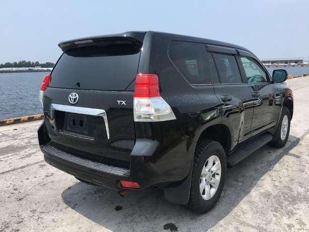 Toyota Prado land cruiser KCM number 2010 model loaded with alloy Mombasa Island - image 1