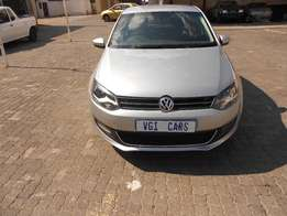vw polo 6 1.4 2012 model 75000km silver in color R115000